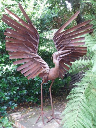 Birds garden art wildlife sculpture metal sculpture for Welded garden art designs